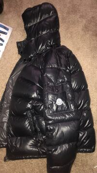 Moncler (small)