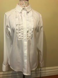 white long-sleeved shirt Mississauga, L5V 2Y8