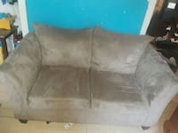 gray suede 2-seat sofa New Orleans, 70125