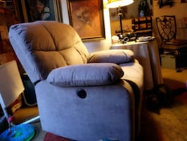 Power Recliner like new