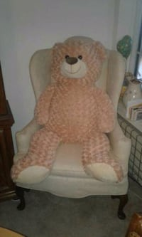 4 foot Teddy bear !!!!! Mint condition !!!    Lansdowne, 19050