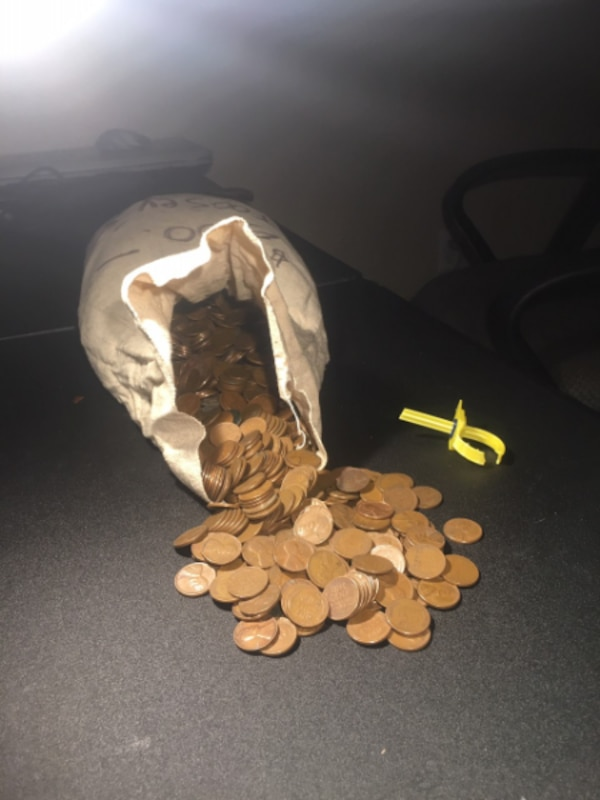 Mix dates Lincoln Wheat Pennies Bag Of +35 pounds, more than [PHONE NUMBER  HIDDEN] 8