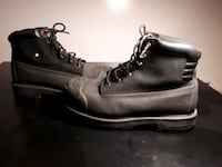 Steel toe boots Barely worn  Surrey, V3T 1R9