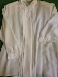 women's white long-sleeve blouse in excellent condition worn once only