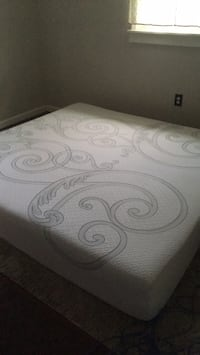 King size matress(Great condition) Lansdale, 19446