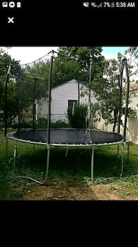trampoline  with safety net Chester, 29706