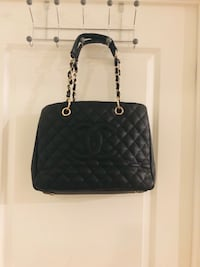 quilted black leather crossbody bag Vaughan, L4K 5T4