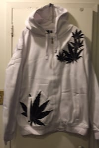 Victorious Brand with weed flower embossed brand new Toronto, M3C 2Z5