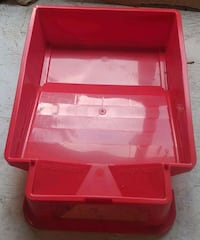 Plastic Red Paint Tray BN