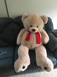 Jumbo 5' Tall Stuffed Bear  Smyrna, 37167