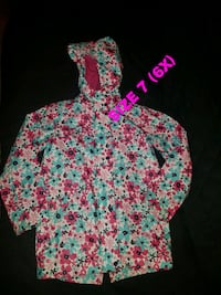 Girls rain coat size 7 (6x) London, N5Z 4Z1