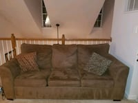 Sofa loveseat combo with pull out bed Accokeek, 20607