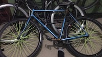 Blue and black fixie lime green spokes  okay condition New York, 11221