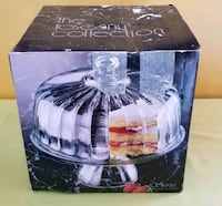 New Glass Pedestal  Cake Plate with Dome Bowie, 20715