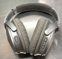 Bose qc35 VII silver Bluetooth noise canceling headphones Falls Church, 22044