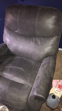 Sectional couch with recliners and separate recliner  Las Vegas, 89129