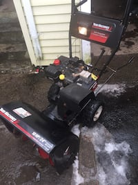 """Yard Machine 10hp 24""""Snow blower runs and works excellent $280 FIRM FIRM"""