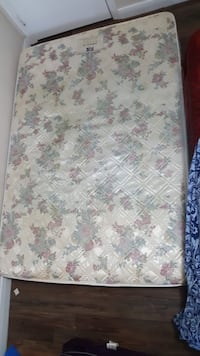 white and gray floral mattress Kitchener, N2A 2K2