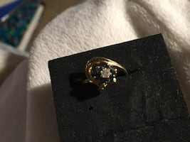 10kt gold diamond and sapphire ring