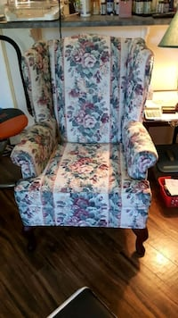 Wingback Chair New Nonsmoker Clean gently used  Edmonton, T5C 3C4