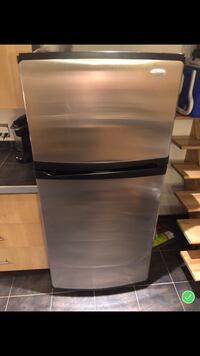 stainless steel top-mount refrigerator Laval, H7S