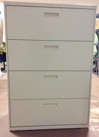 HON 4 drawer lateral file cabinet with key Evans, 30809