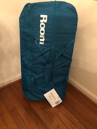 LIKE NEW!! Joovy Room Playard, Turquoise Clinton, 20735