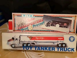 vintage collectible trucks