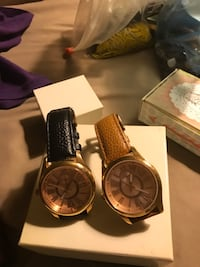 WOMEN WATCHES TWO NEW