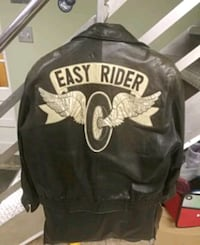 leather jacket good condition  798 km