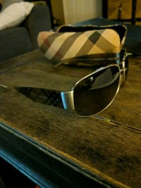 Burberry sunglasses Rosemead, 91770