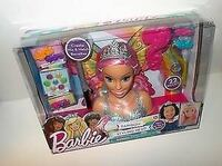 ~BRAND NEW~ BARBIE - Dreamtopia theme - 22 pc styling head La Vista, 68128