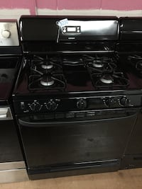 Hotpoint black gas stove  Woodbridge, 22191