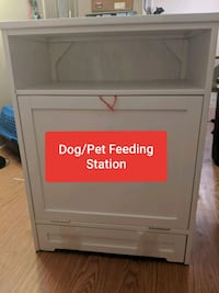 Dog/Pet feeding station - New Omaha, 68131