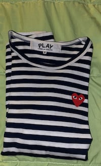 CDG stripe long sleeve size Medium  Toronto, M5B 2H1