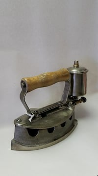 Vintage Steel Monitor Steam Iron Carrollton, 75006