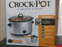 Crockpot slow cooker classic with dipper Whitby, L1R 0C8