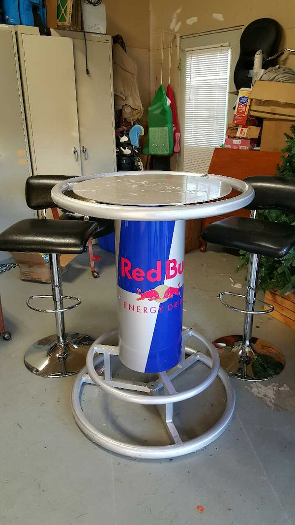 Statafel Red Bull.Red Bull Bar Table Photos Table And Pillow Weirdmonger Com
