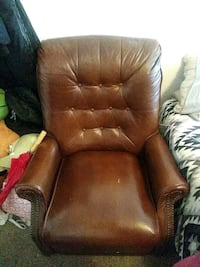 recliner and picture combo Manchester, 03102