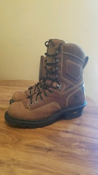 pair of brown leather work boots Modesto, 95354
