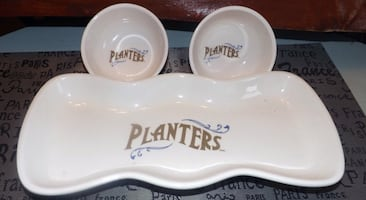 Vintage Planters Peanuts Tray and bowls