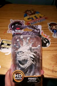 BEHOLDR exclusive figure New York, 10002