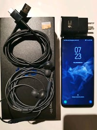 Selling my mint condition Samsung S9+ Toronto, M5H 4E7
