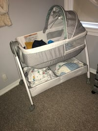 Baby's white and gray bassinet East Providence, 02914