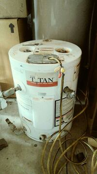 Tiny Titan 12 Gallon RV Water Heater Rogue River, 97537