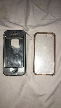 2 iPhone 5/5s/SE cases Burnaby, V3N 4C4
