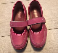 Girls Size 1 Shoes Kelowna, V1Y 3Z6