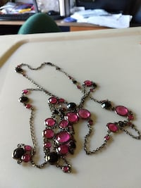GREAT GIFT! $7**BLACK AND PINK NECKLACE Temecula