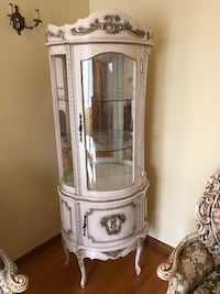 Gray wooden framed glass display cabinet (vintage buffet) Montréal, H1T 3T5