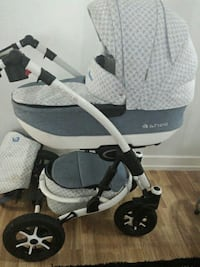 baby's white and grey shell bassinet stroller Toronto, M3C 0J8